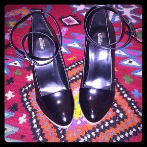Kate Spade black leather pumps high heel 8.5